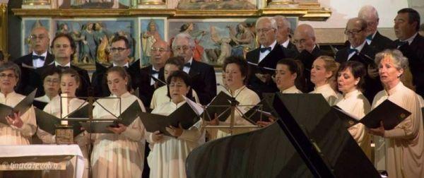 turismo cantabria - monasterio de santo toribio - año jubilar lebaniego - actuaciones culturales - coral - mayo 2017